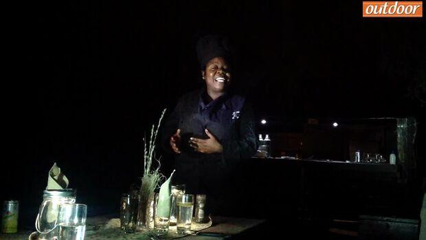Abenteuer Namibia: Köchin Jawnesty ruft zu Tisch