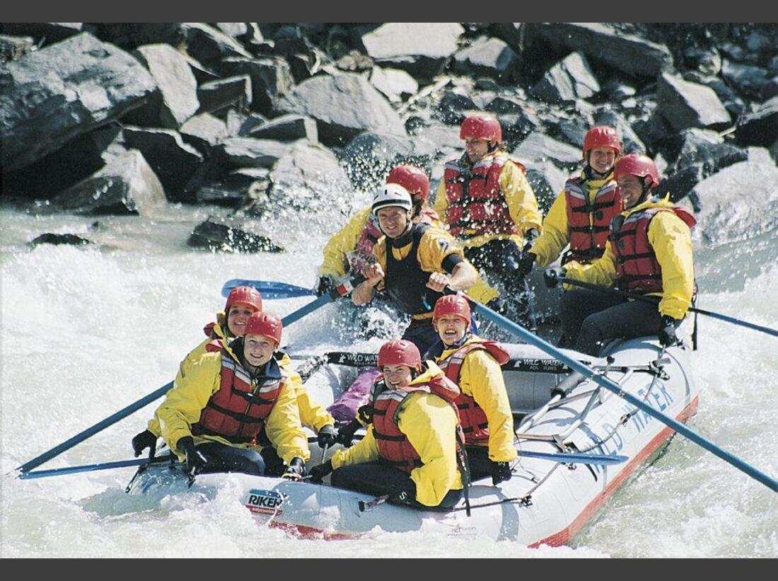 Banff_Whitewater_Rafting__K-4488-2 (jpg)