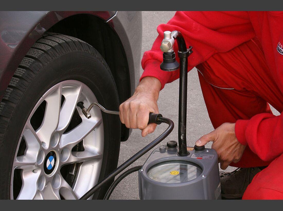 OD-2012-UrlaubsfahrtVorbereitung-Reifenluftdruck (jpg)