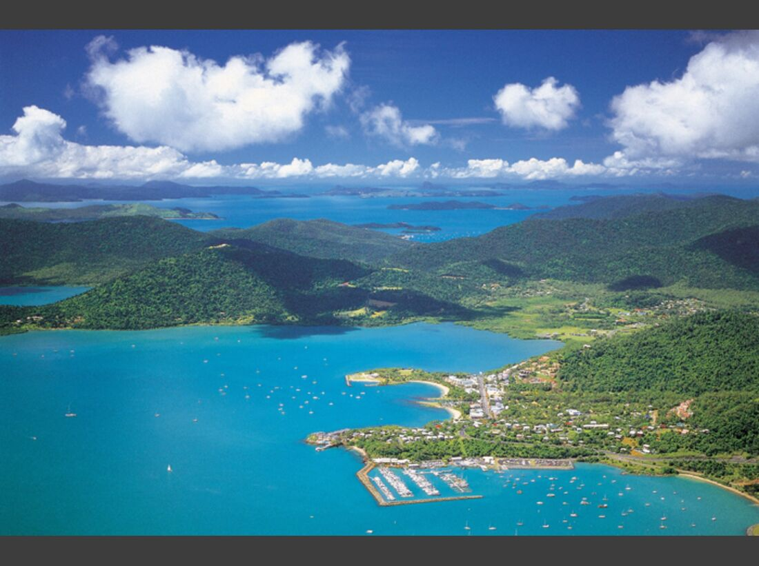 OD-Whitsundays-aerial-airlie-beach (jpg)