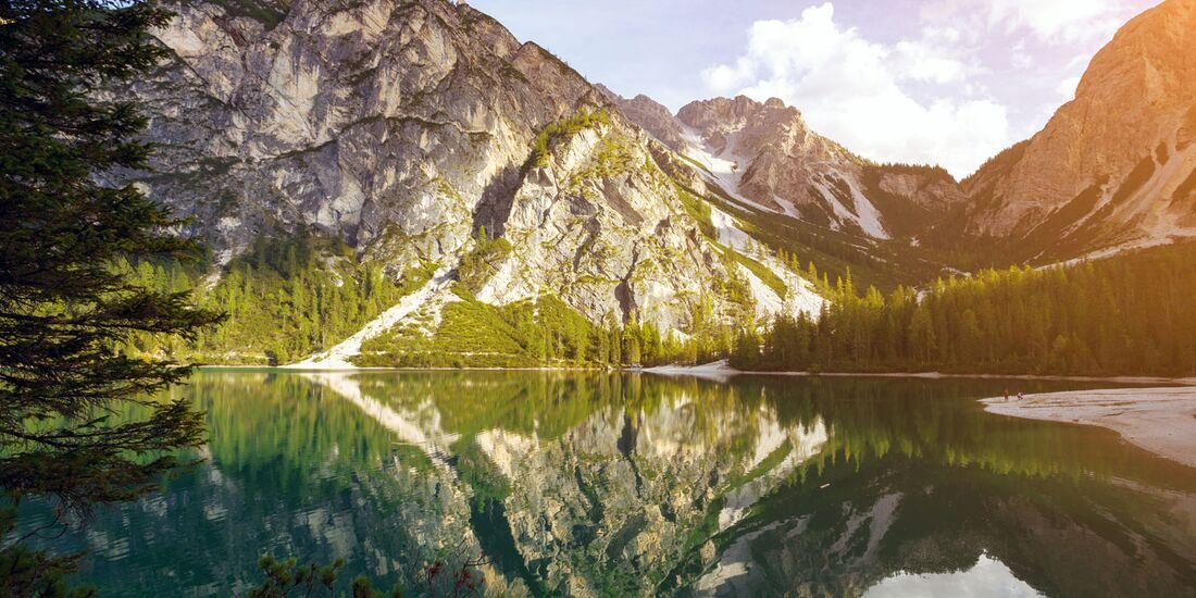 OD-top-10-Alpenseen-Pragser-Wildsee-COLOURBOX24786972