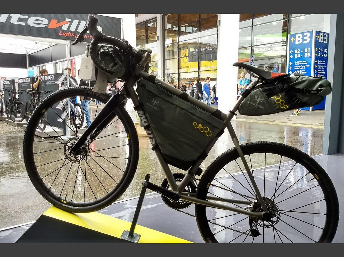 mb-bikepacking-apidura-07.jpg