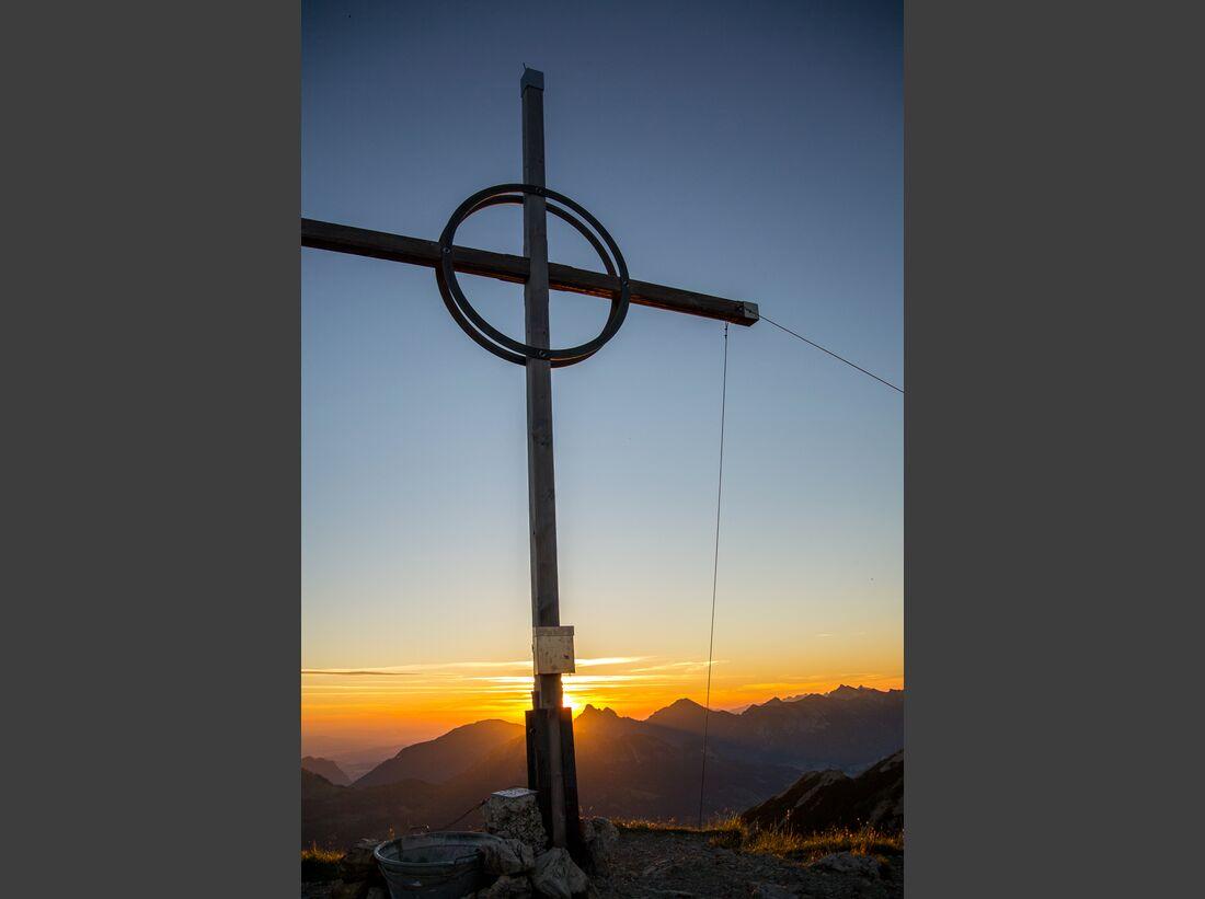 od-2017-gipfelfotos-stefan-hofmann-Bschiesser-Gipfelkreuz (jpg)