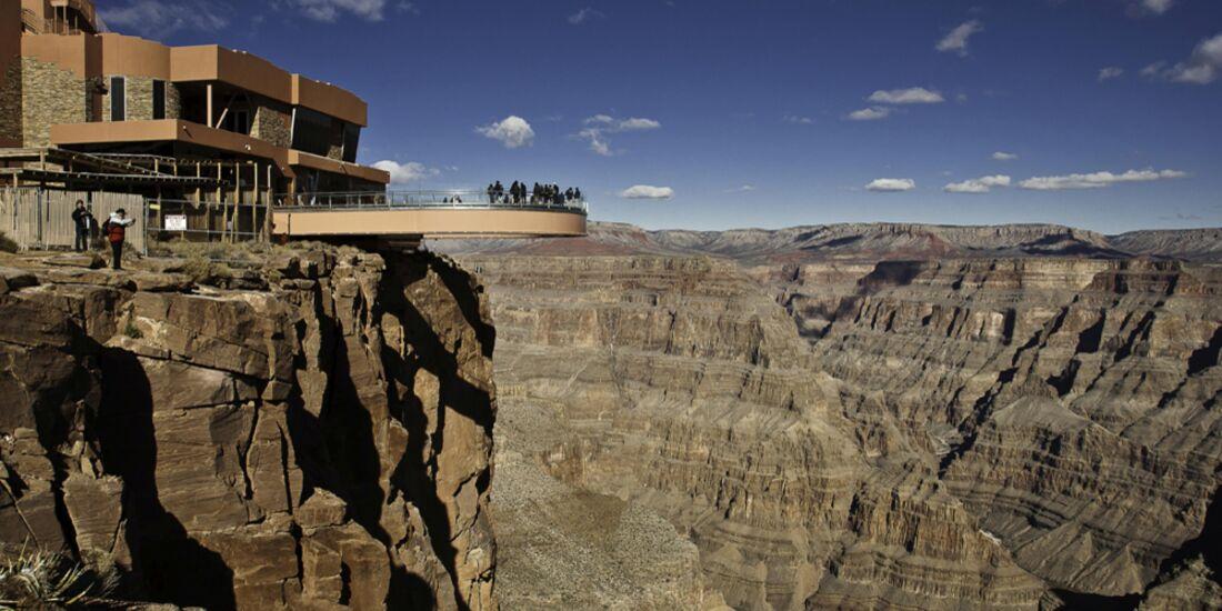 od-grand-canyon-skywalk-chris-murphy (jpg)