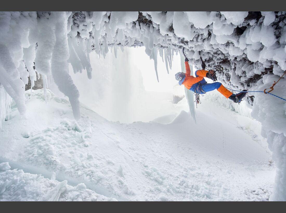 od-kl-mammut-2017-alpine-climbing_dani-arnold_helmcken-falls_D233943_rgb (jpg)